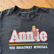 Load image into Gallery viewer, Annie 1992 Broadway Musical T-Shirt
