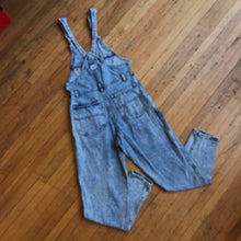 Load image into Gallery viewer, Lee Acid Wash Double Ring Overalls