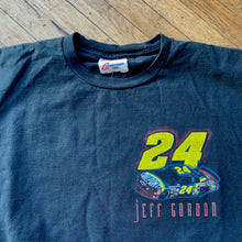 Load image into Gallery viewer, NASCAR 1998 Jeff Gordon Du Point T-Shirt