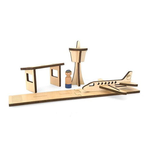 Wooden Airport playset | Lucas loves cars