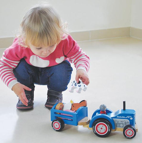 Tractor Ted | Indigo Jamm | Lucas loves cars