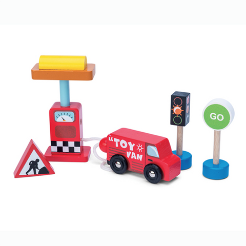 Petrol and signs | Le Toy Van | Lucas loves cars