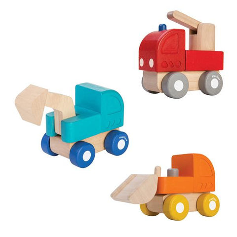 Mini wooden trucks | Plan Toys | Lucas loves cars