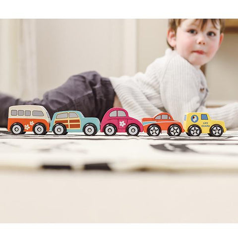 Wooden Beach car toys  | Discoveroo toys | Lucas loves cars