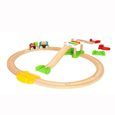 Brio My First Railway |  Brio trains | My First Railway Beginner set |  Lucas Loves Cars