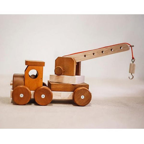 Large Wooden crane | Old fashioned wooden toys | Qtoys | Lucas loves cars