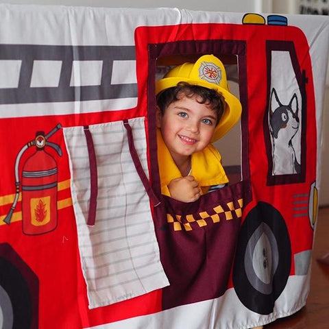 Petite Maison Play table tent | Firetruck toys | Kids activities  | Lucas loves cars