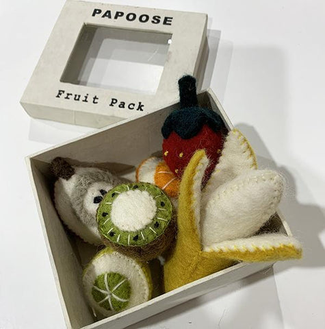 Papoose felt fruit box  | Food toys  | Papoose toys | Lucas loves cars
