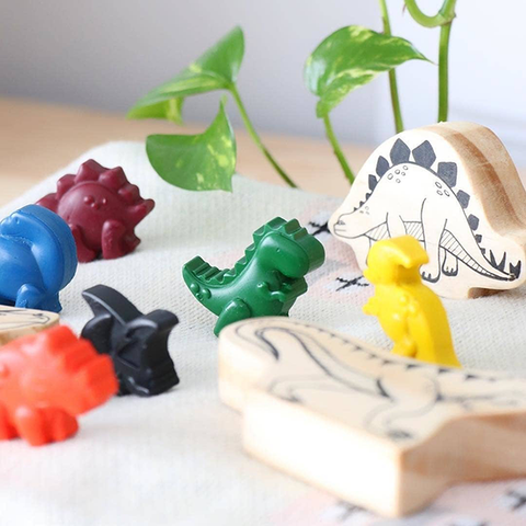 Tinta natural crayons | dinosaur crayons | Lucas loves cars