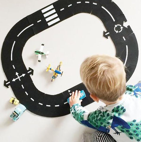 Waytoplay | 12 Piece Ring Road | Waytoplay 12 piece | Lucas Loves Cars