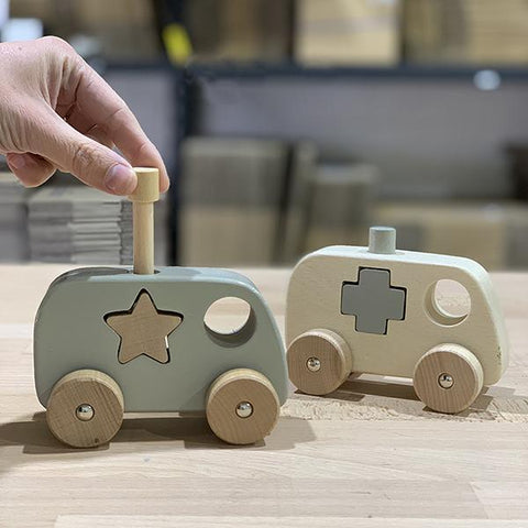 Chunky wooden emergency trucks | Discoveroo | Lucas loves cars