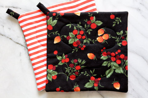 Berry Bramble Potholder