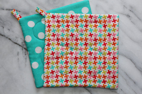 Houndstooth Dot Potholder (more colors available)