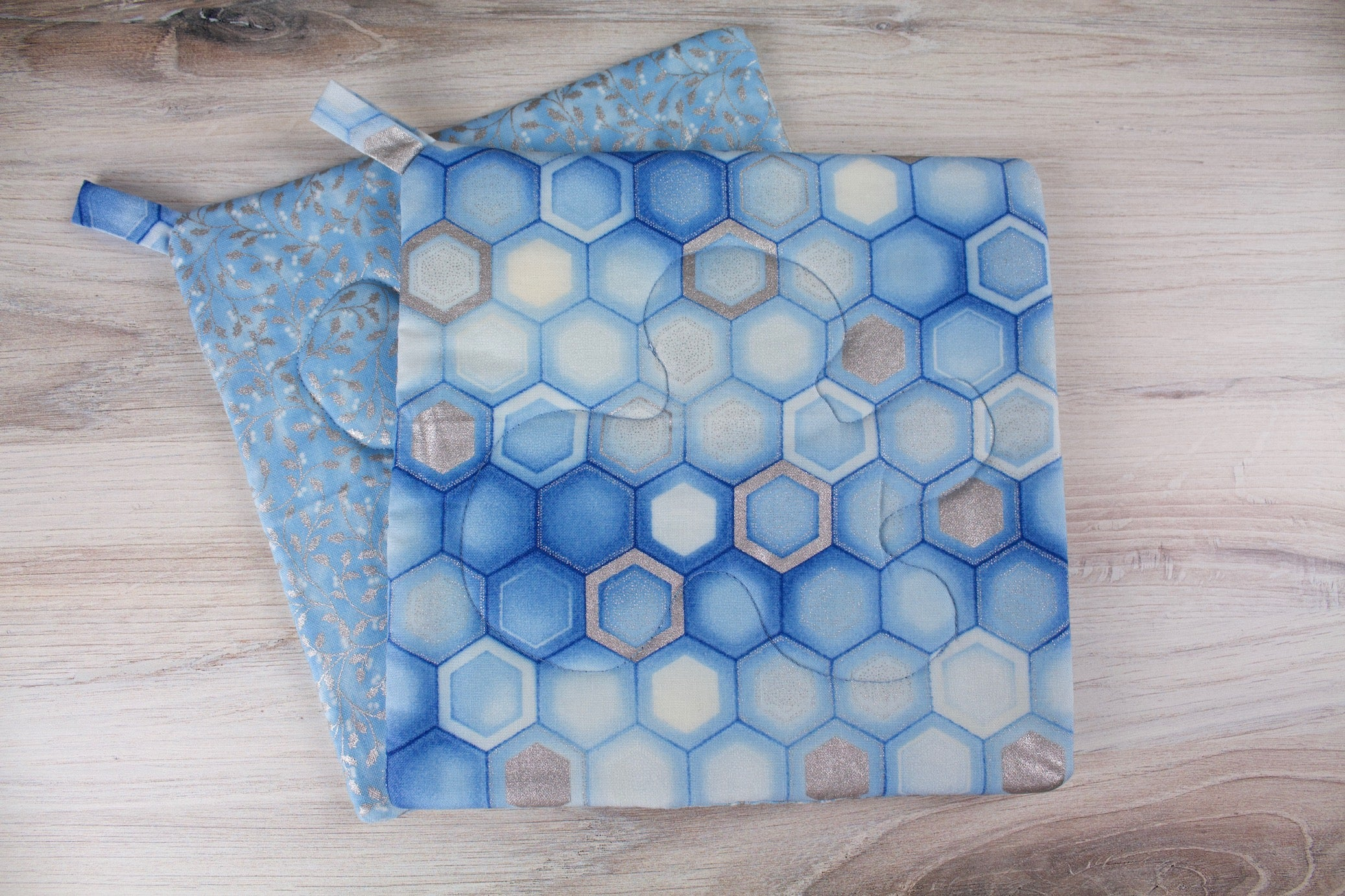 Frosted Honeycomb Potholder