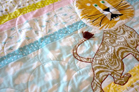 The Lion Organic Quilt