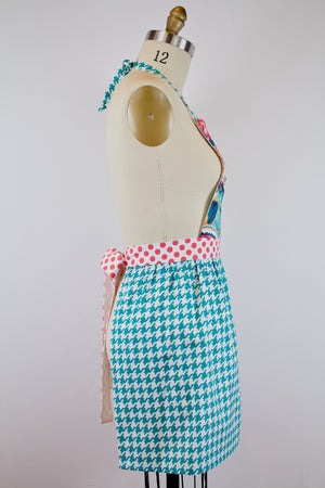 Wings Apron