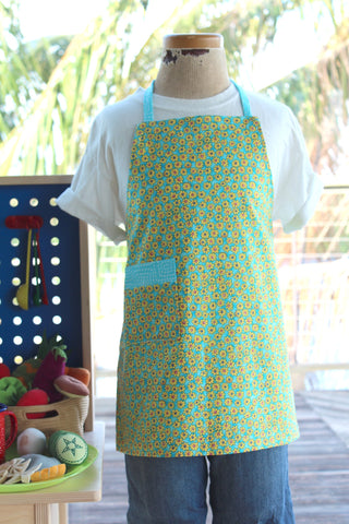 Daisy Chain Kid's Apron
