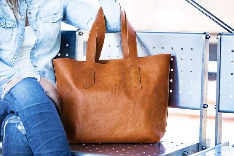 The Calisto tote bag in brown leather by milloo