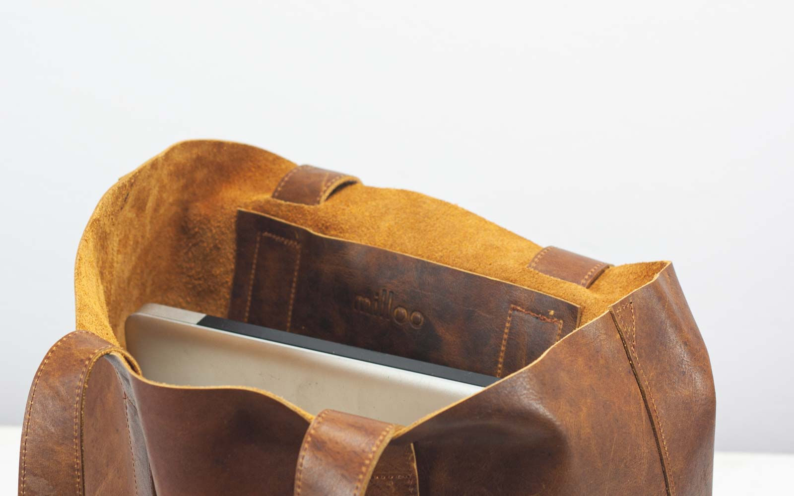 The Calisto tote bag in brown distressed leather made by milloo