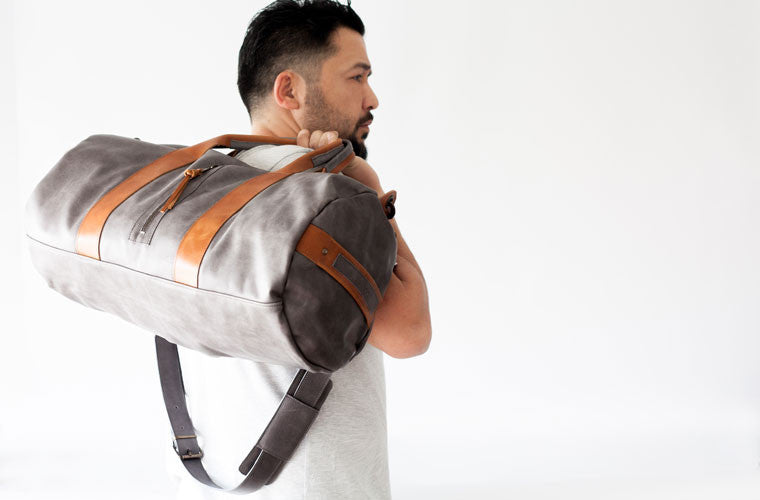 The Nestor duffel bag in grey leather by milloo