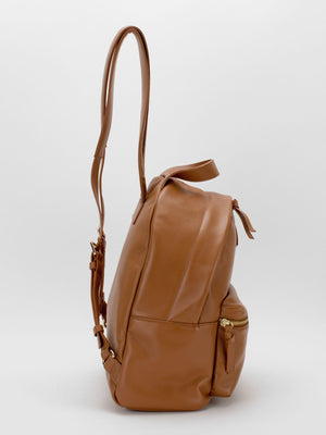 SOPRANO FEATURE - Jamie Backpack & Taylor Card Case