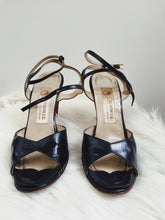 Load image into Gallery viewer, Navy Strappy Heels