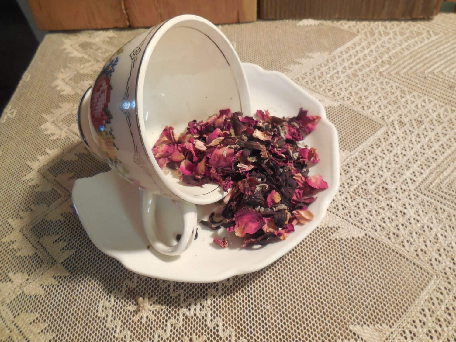 Hibiscus Rose Blush Loose Herbal Tea, rose hips, hibiscus, sage, no caffeine