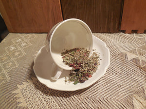 Winter Remedy Loose Herbal Tea, sage, peppermint, rose hips