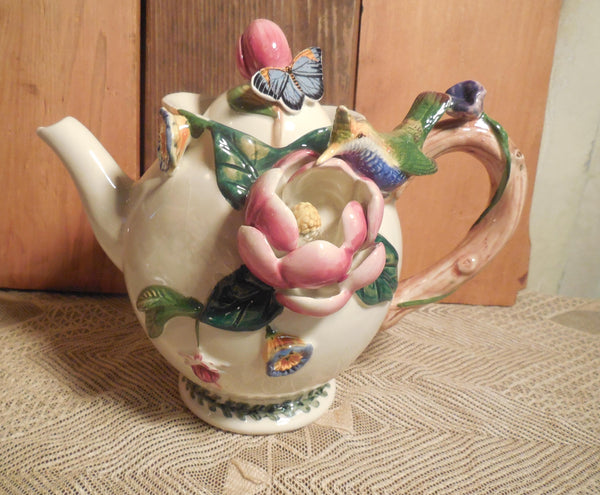 Teapot Gift Basket, Three-dimensional Floral Ceramic Tea Pot, scones, shortbread, herbal tea, infuser, gift set, basket tray