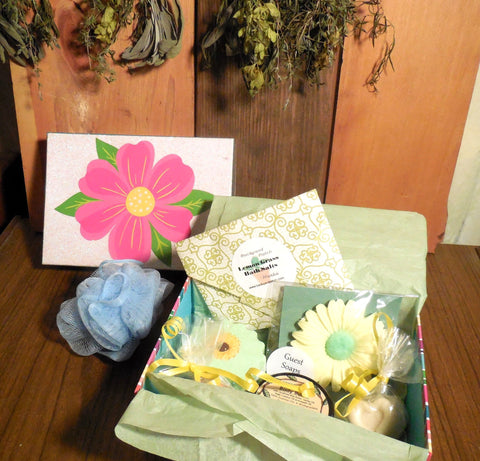 Bath Spa Box Gift Set, Lemon/Yellow, Bath Salts, Bath Fizz, floral soap, sugar scrub