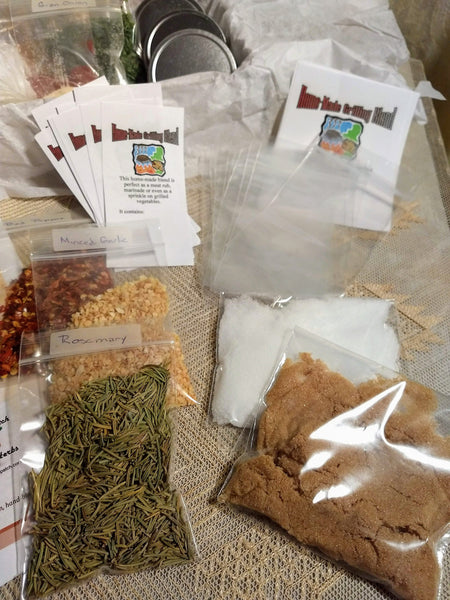 DIY Grilling Rubs Kit, make your own gifts, homemade, gift for men, cumin, chili, peppers, salt, sugar