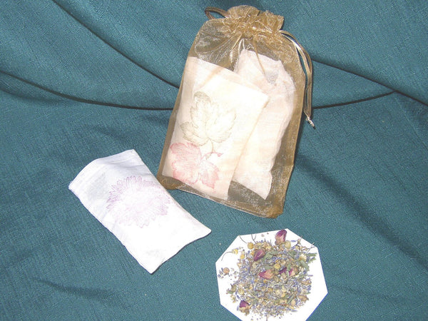 Herb infused Bath Bag  Bath Sachet, relaxing lavender or lemon, Tranquil bath