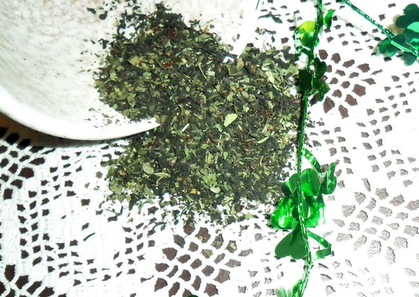 Shamrock Black Tea with Spearmint, rosehips and Blackberry leaf | Backyard Patch Herb Tea | St Patrick's Day Irish Tea