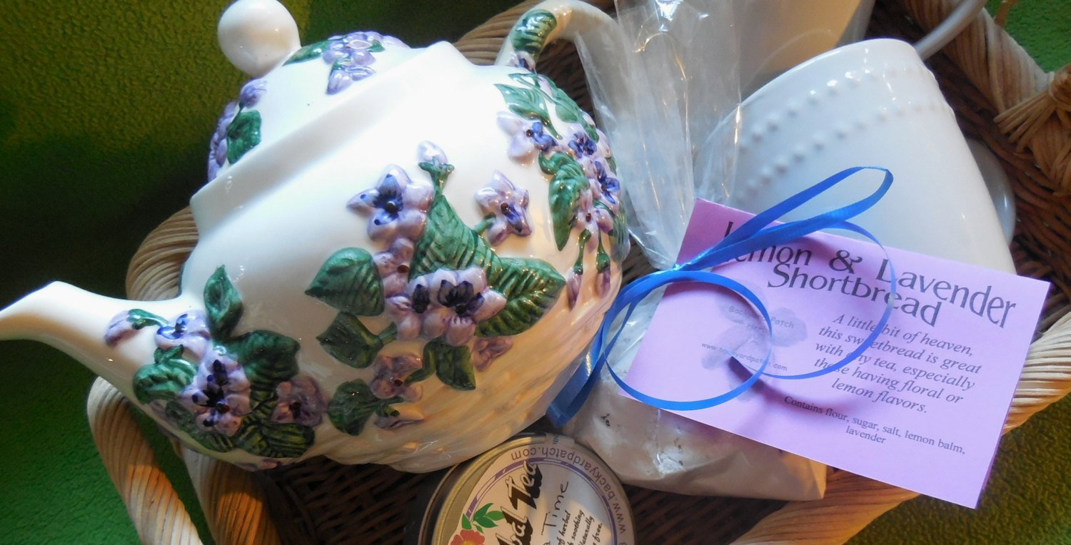 Teapot Borage Patterned Tea Pot Gift Basket with Ceramic Mug, Ta and Shortbread mix, Backyard Patch Herbs