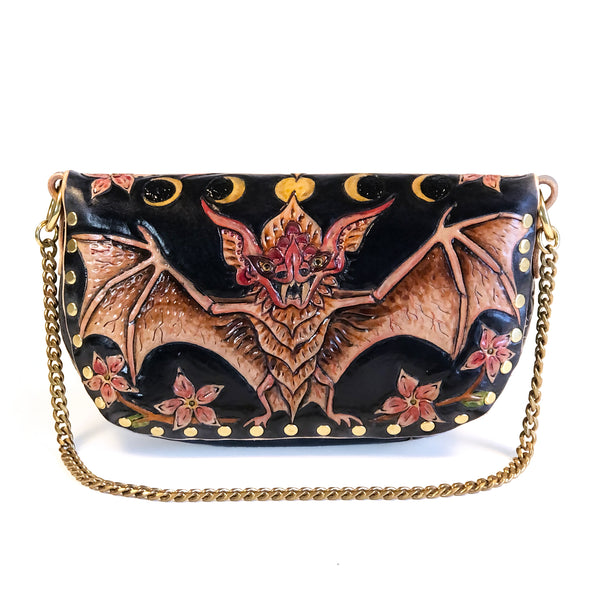 Vampire Bat – Chained Clutch