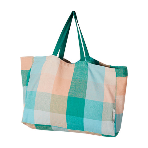 This season's signature yarn dyed, oversized check weave recreated in our new tote bag design.