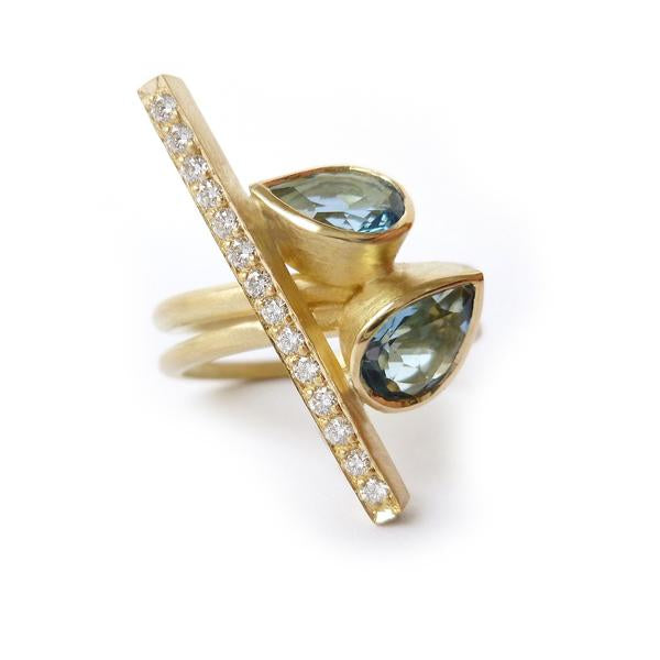 .Modern bespoke diamond and aquamarine ringset by Uk designer and maker Sue Lane. Desire Fair 2018.