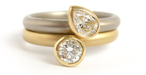 Contemporary, bespoke and modern platinum and 18ct yellow gold diamond ringset. A stunning wedding ring and/or engagement ring.