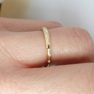 18ct gold and diamond ring - contemporary and unique handmade