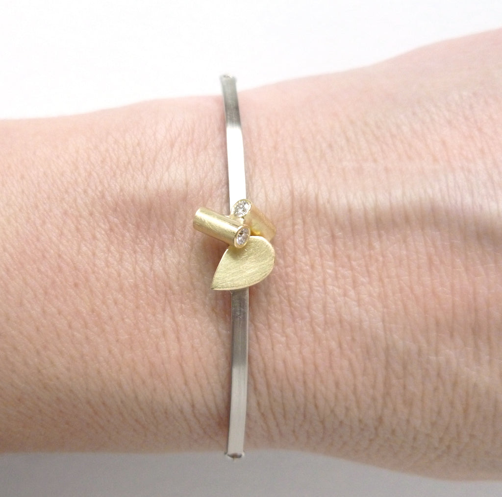 Contemporary 18ct gold and diamond bracelet by Sue Lane jewellery UK