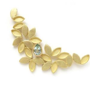 18k Gold and Aquamarine brooch (OF27) - Sue Lane Contemporary Jewellery