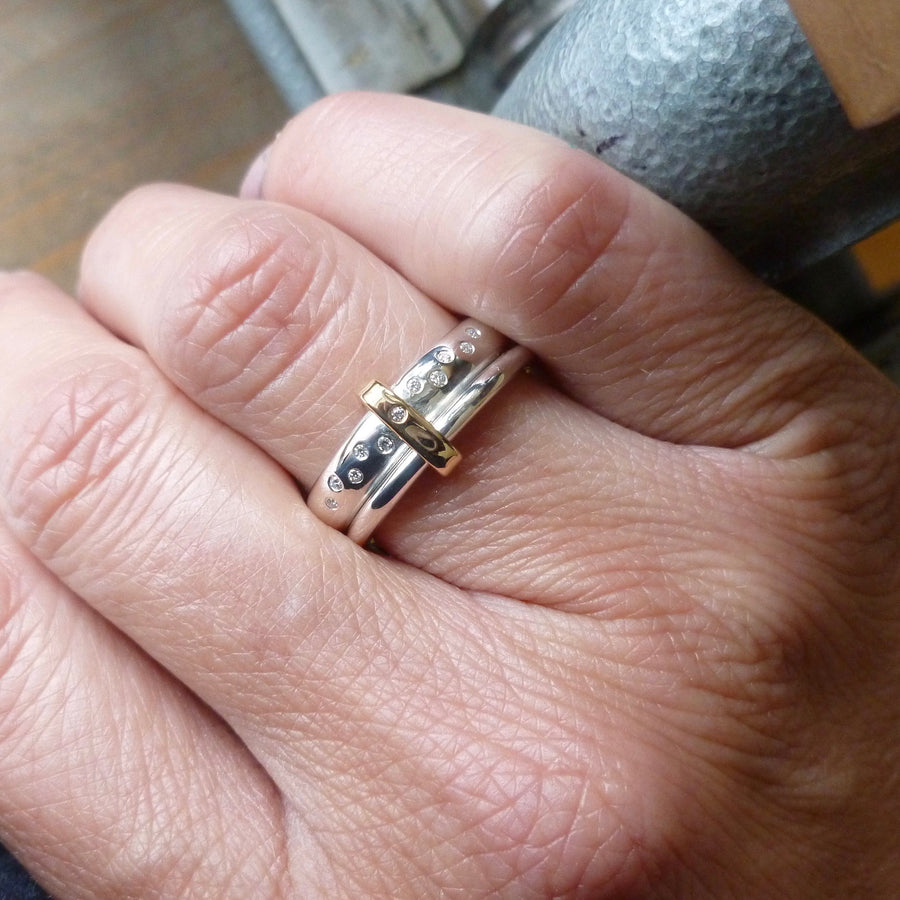 modern two band ring