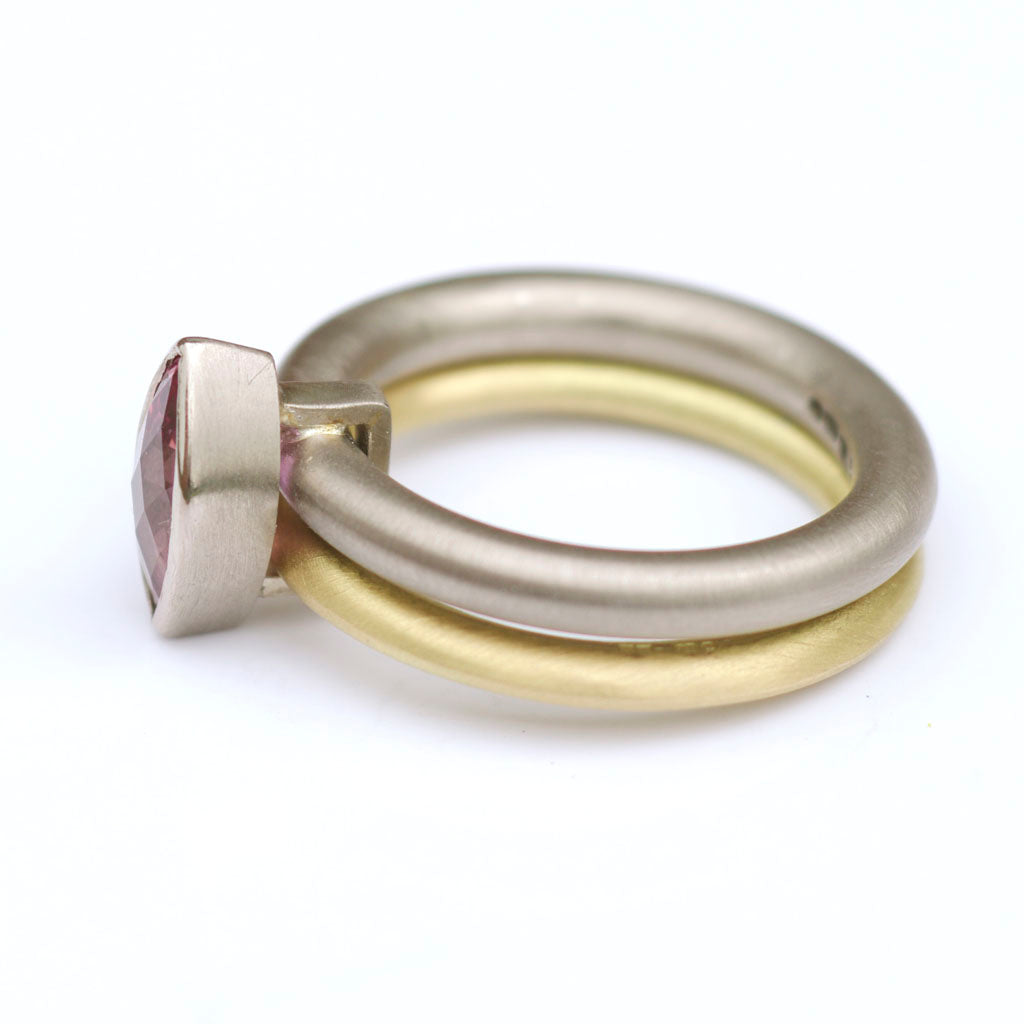 SOLD: 18k Gold and Sapphire Ring (OF01) - Sue Lane Contemporary Jewellery - 3