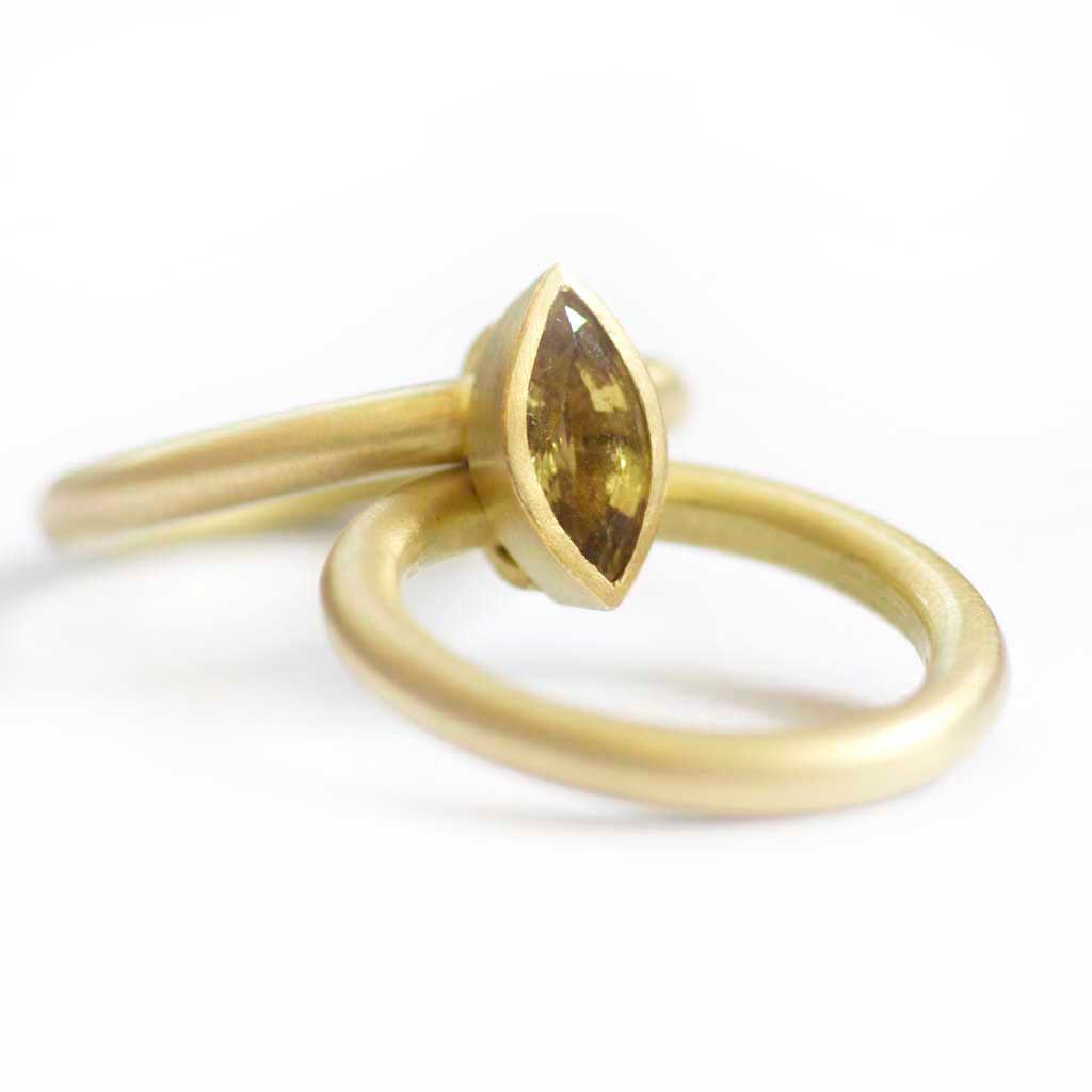 SOLD: 18k Gold and Sapphire Ring (OF04) - Sue Lane Contemporary Jewellery - 5