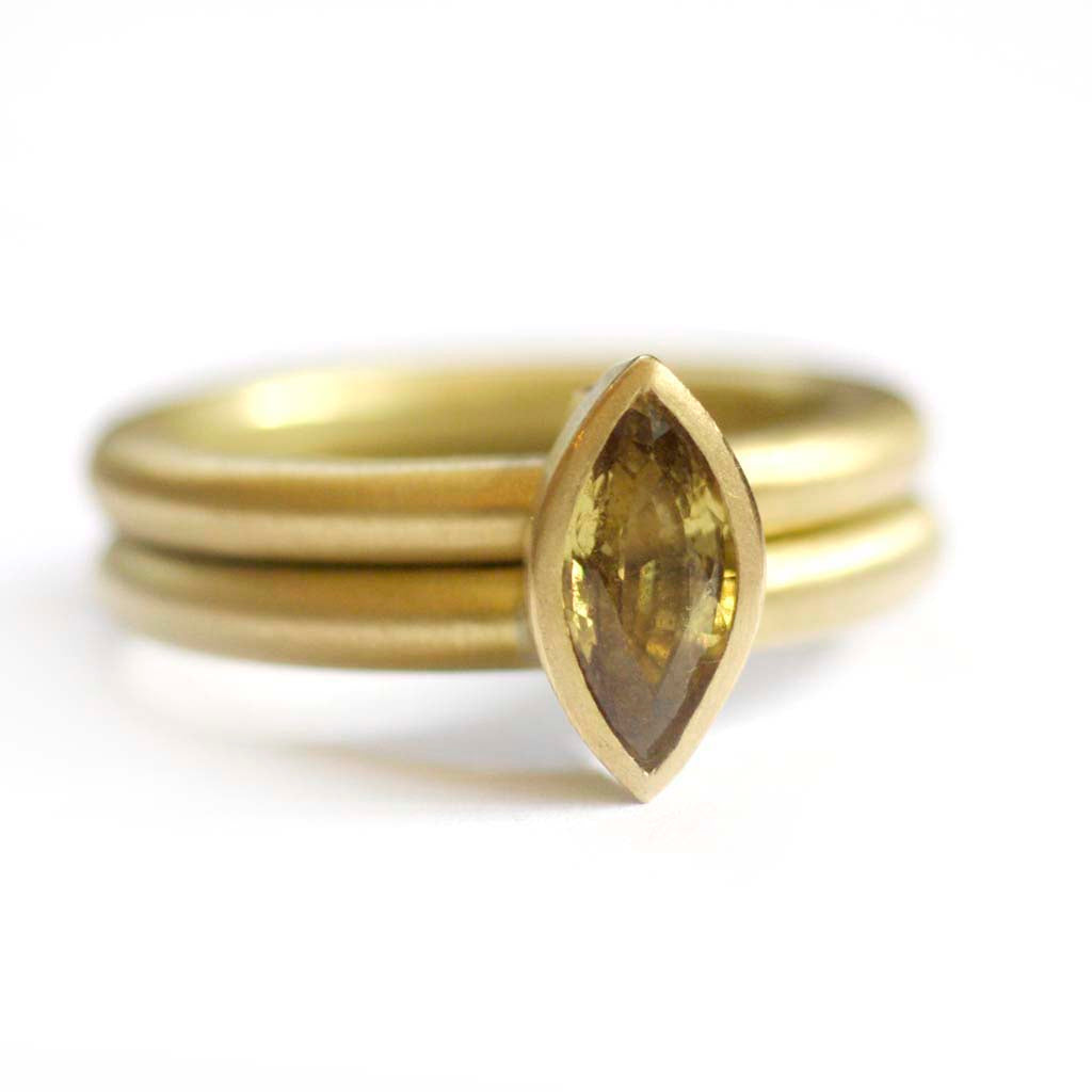 SOLD: 18k Gold and Sapphire Ring (OF04) - Sue Lane Contemporary Jewellery - 1