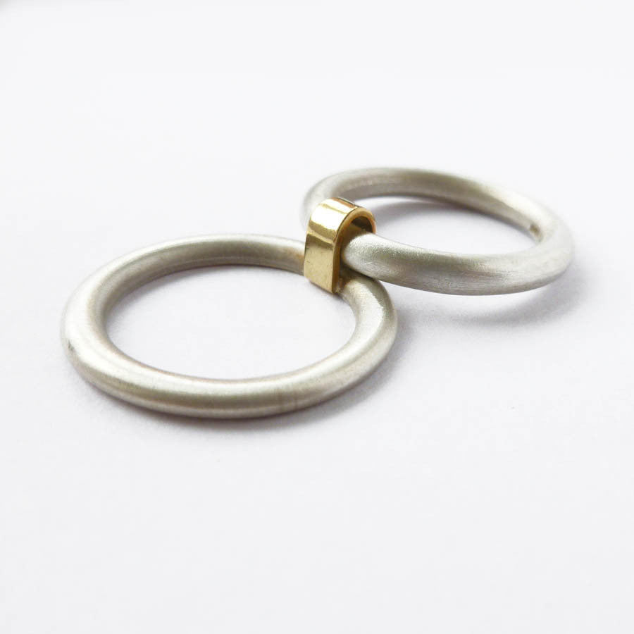 Silver and 18k gold ring with diamond (nr1) - Sue Lane Contemporary Jewellery - 2