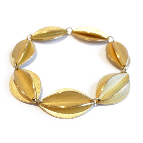 Gold Fold Bracelet (fdgb-04) - Sue Lane Contemporary Jewellery - 2