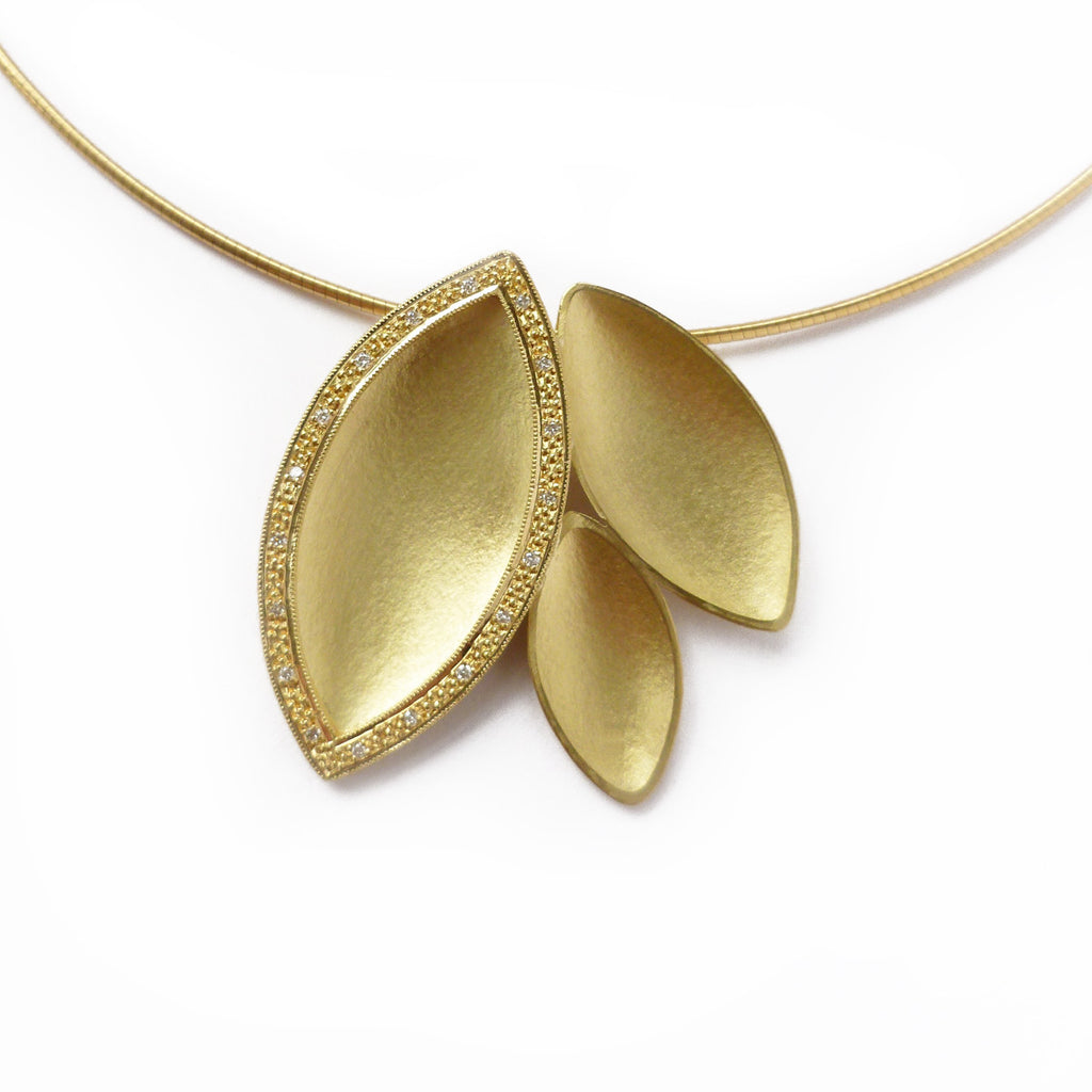 SOLD: 18k Gold and Diamond Necklace(OF26) - Sue Lane Contemporary Jewellery