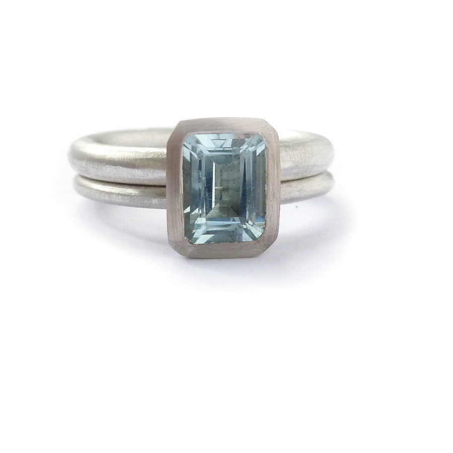SOLD: Silver, 18k White Gold and Aquamarine Ring (OF09) - Sue Lane Contemporary Jewellery - 1