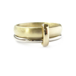 18k Gold two band ring (rd14) - Sue Lane Contemporary Jewellery - 2